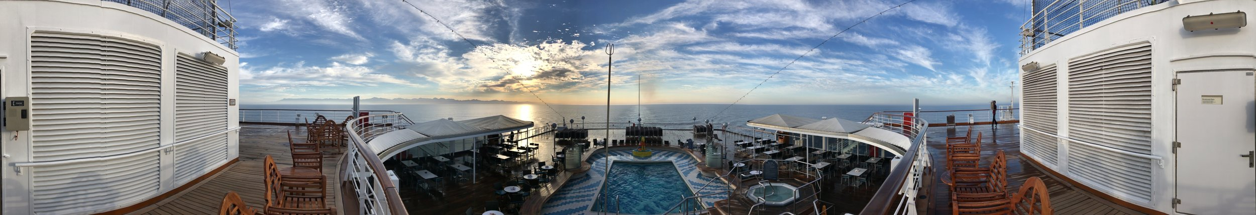 Panorama off the Stern